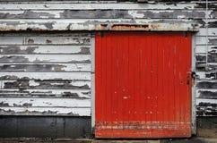 Rode deur, oude brandweerkazerne in Wellington stock foto's