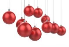Rode die Kerstmisballen op witte achtergrond met selectief worden geïsoleerd Royalty-vrije Stock Afbeelding