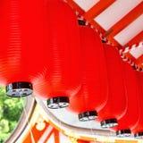 Rode document lantaarns bij het heiligdom van Fushimi Inari, Kyoto Japan royalty-vrije stock afbeeldingen