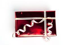 Rode doosgift. De bovenkant van de mening Stock Foto