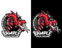 rode draakslang met fietsketting in moderne dierlijke mascotte als achtergrond voor esportembleem en t-shirtillustratie Royalty-vrije Stock Afbeelding