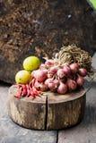 Rode droge hete de Spaanse peperpeper van de ui groene citroen Stock Foto