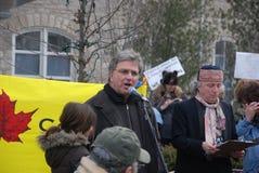 RODE EM MARCHA LENTA NÃO MAIS - Guelph, protesto de Ontário Fotos de Stock Royalty Free