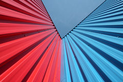 Rode en Blauwe muren Stock Foto's