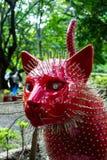 Rode en doornige Kat in Kattenpark in Cali, Colombia stock afbeeldingen
