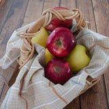 Rode en gele appelen Royalty-vrije Stock Afbeelding