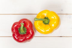 Rode en gele paprika Stock Fotografie