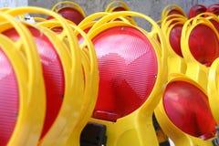 Rode en gele voorzichtigheidstekens, Duitsland Royalty-vrije Stock Afbeeldingen