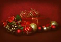 Rode en gouden Kerstmisscène Stock Foto
