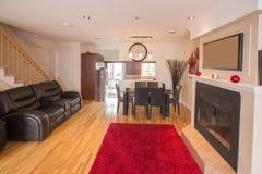 Rode en grijze woonkamer Royalty-vrije Stock Afbeelding