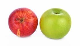 Rode en groene appel op witte achtergrond Royalty-vrije Stock Afbeelding
