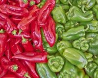 Rode en Groene Groene paprika's Stock Foto