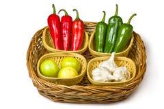 Rode en groene Spaanse peper Stock Foto's