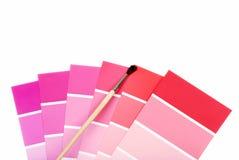 Rode en purpere kleurenspaanders met verfborstel Stock Afbeelding