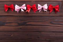 Rode en roze linten Stock Foto's