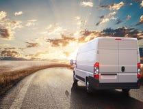 Rode en witte vrachtwagen het 3d teruggeven Royalty-vrije Stock Afbeelding