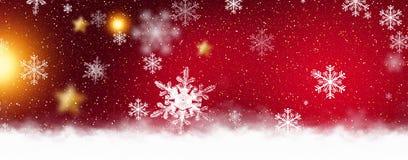 Rode fonkelende achtergrond met sterren en sneeuwvlokken, de magische atmosfeer van de Kerstmisvakantie Rode bokehachtergrond met royalty-vrije illustratie