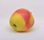 Rode gele appel met groene blad en plak stock foto