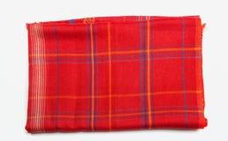 Rode gevouwen Indische geïsoleerde sjaal Stock Afbeeldingen