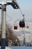 Rode gondel in lucht Stock Foto's