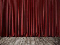 Rode gordijnen en uitstekende houten vloer Stock Foto's