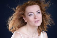Rode haarschoonheid stock foto