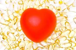 Rode hart en pillen Royalty-vrije Stock Fotografie