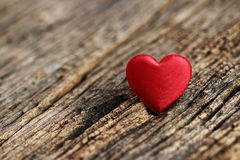 Rode hart gestalte gegeven valentijnskaartendag Royalty-vrije Stock Foto