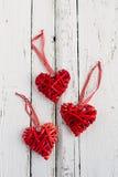Rode harten op een witte achtergrond Stock Foto