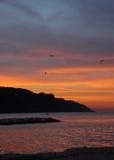 Rode hemel in zonsondergang - Italië Stock Foto's