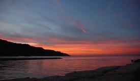 Rode hemel in zonsondergang - Italië royalty-vrije stock afbeeldingen