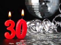 Rode kaarsen die Nr tonen 30 Royalty-vrije Stock Foto's