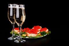 Rode kaviaar en champagne Royalty-vrije Stock Fotografie
