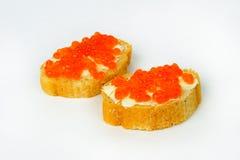 Rode kaviaar in tartlets. Stock Afbeelding