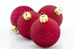 Rode Kerstmis balsl over witte achtergrond Royalty-vrije Stock Foto