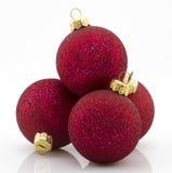 Rode Kerstmis balsl over witte achtergrond Royalty-vrije Stock Afbeeldingen