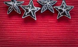 Rode Kerstmisachtergrond met sterren Stock Foto