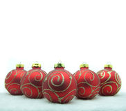 Rode Kerstmisballen. Royalty-vrije Stock Afbeeldingen