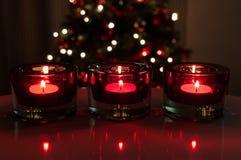 Rode Kerstmiskaarsen Royalty-vrije Stock Foto