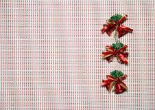 Rode klokken op witte celachtergrond Gelukkig Nieuwjaar Royalty-vrije Stock Foto