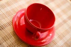 Rode koffiemok Stock Foto