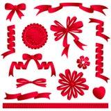 Rode lintbogen, banners, enz. Stock Foto's