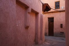 Rode medina van Marrakech, Marokko royalty-vrije stock fotografie