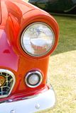 Rode mini van de koplamp Royalty-vrije Stock Foto