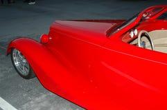 Rode Open tweepersoonsauto Stock Foto
