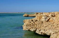 Rode Overzeese kust royalty-vrije stock afbeeldingen