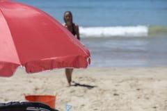 Rode Paraplu Royalty-vrije Stock Afbeeldingen