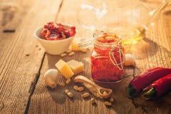 Rode pesto Stock Afbeeldingen