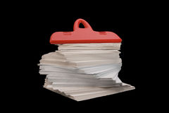 Rode plastic klem (paperclip) Royalty-vrije Stock Afbeeldingen