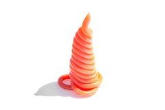 Rode plastic legering in de vorm van een piramide stock foto